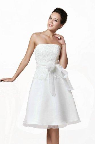 Brautkleid bestickt mit Spitze sowie Perlen Ivory