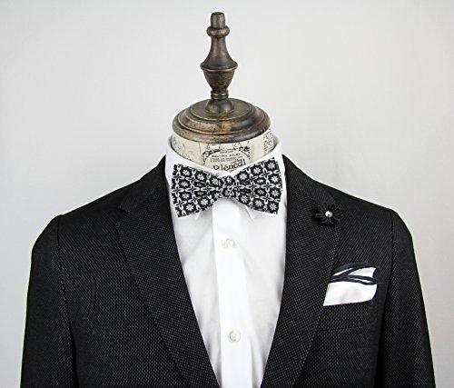 NOVEL Fliege | Handgefertigt | Anzug-Fliege | Herren-Schleife | Krawattenschleife | Querbinder mit Hakenverschluss | Silber | Blumenmuster | Farbe: Schwarz - 2