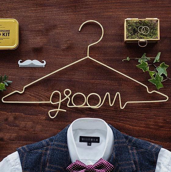 Kleiderbügel groom