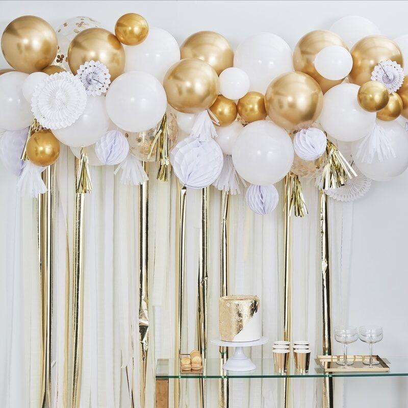Party Backdrop Set gold / weiß (108-teilig)